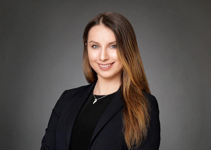 Diana Ryzhova headshot
