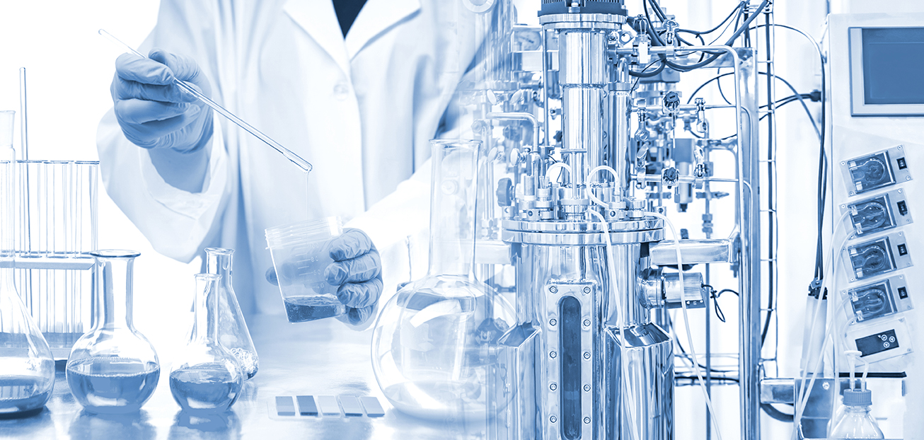 Biotechnician in medical facility